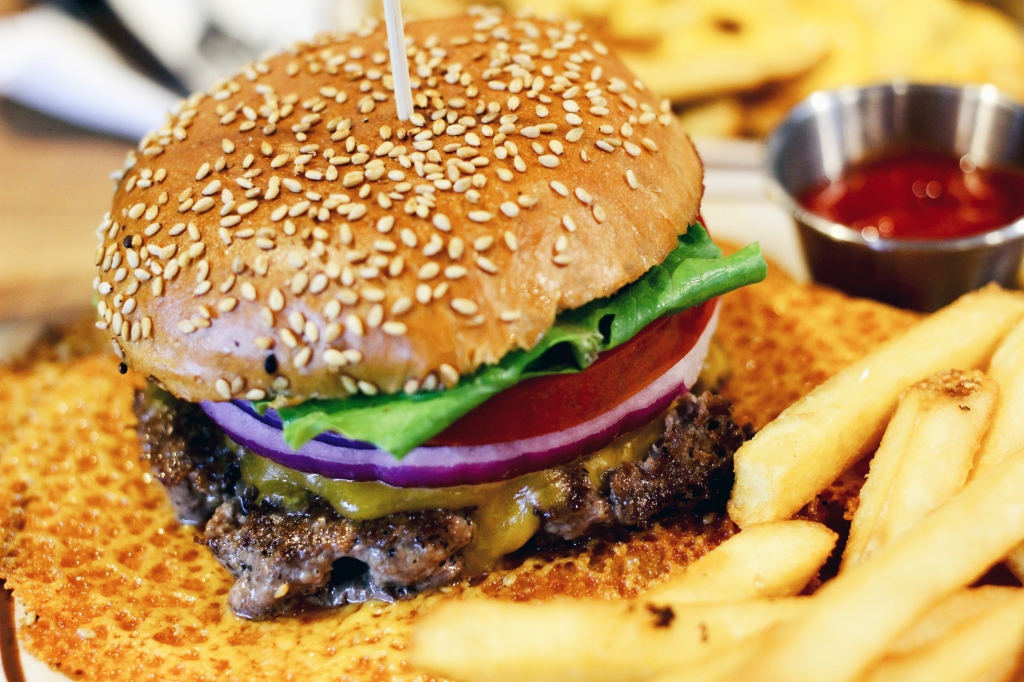 walksandwonder-brooklyn-the-burger-joint-seoul-005