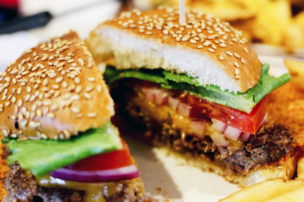 walksandwonder-brooklyn-the-burger-joint-seoul-006